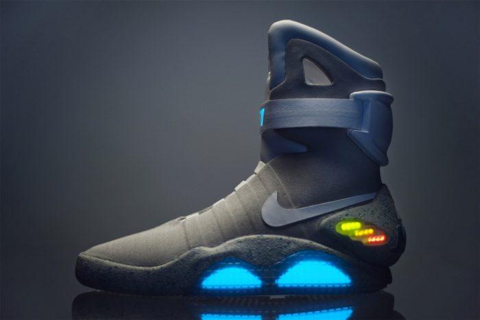 sneakers Nike Mag