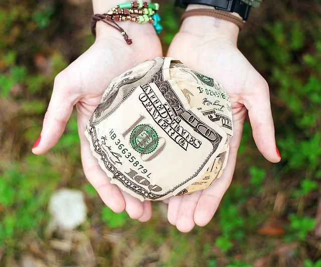 donner de l'argent